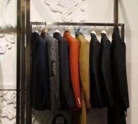 服装工厂代加工:深圳服装档口面临着生存危机!