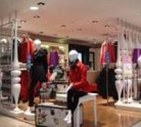青岛服装加工厂:服装新手创业?教你选择服装加盟品牌
