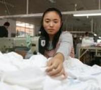 解读:传统服装企业转型电商供货平台,改变模式是关键